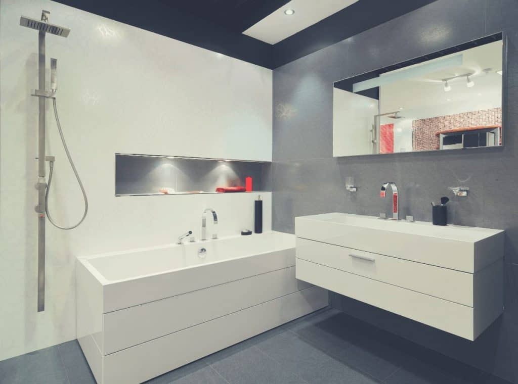 Bathroom With Faucet Fixtures